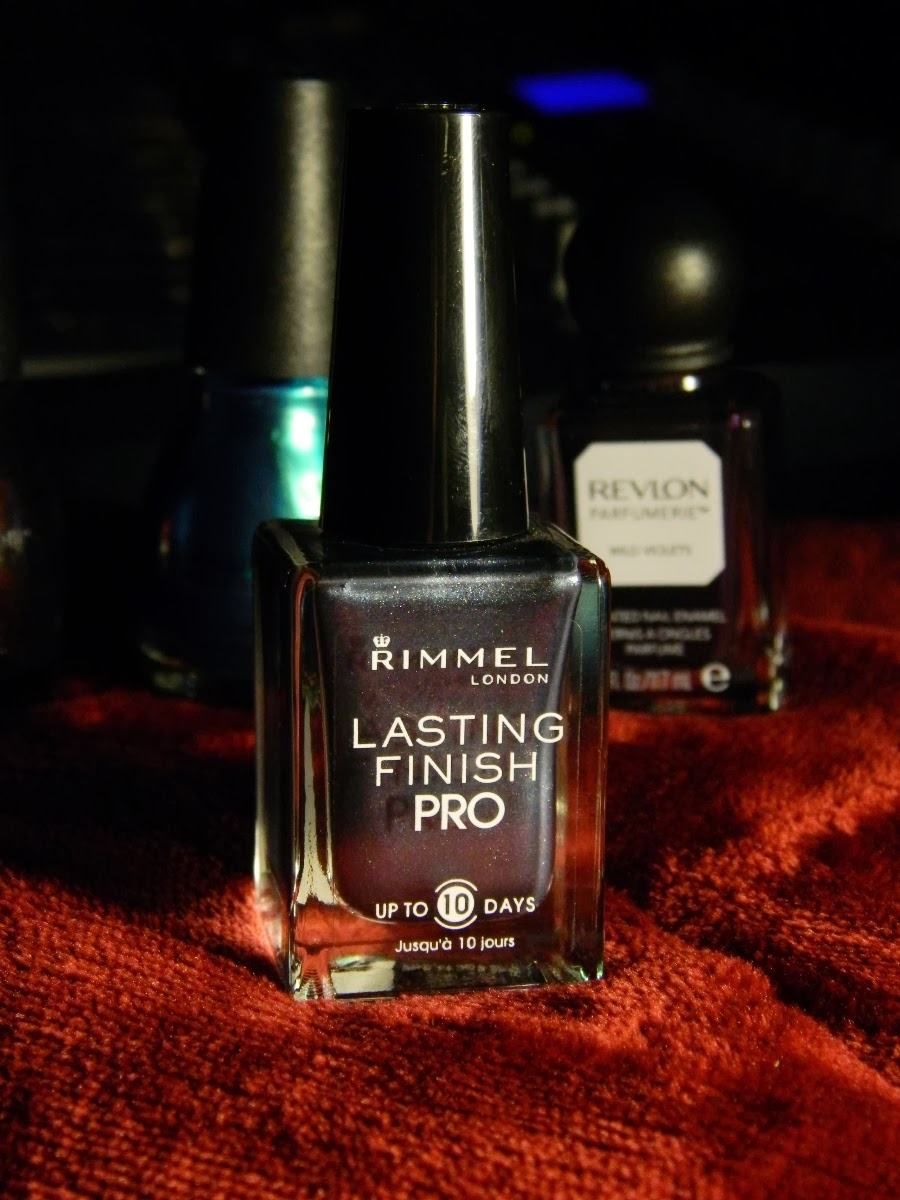 Rimmel London Lasting Finish Pro nail polish in 282 Hard Metal