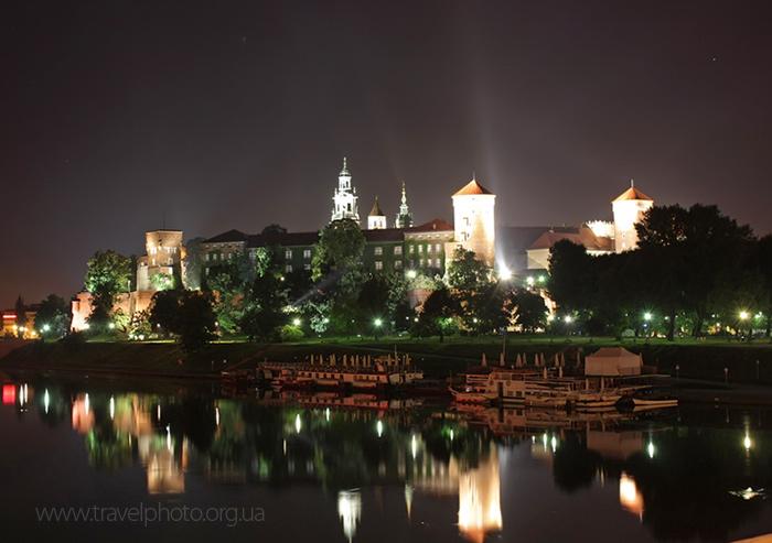 Фото ночного Кракова