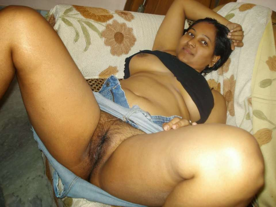 Free photo naked model indian