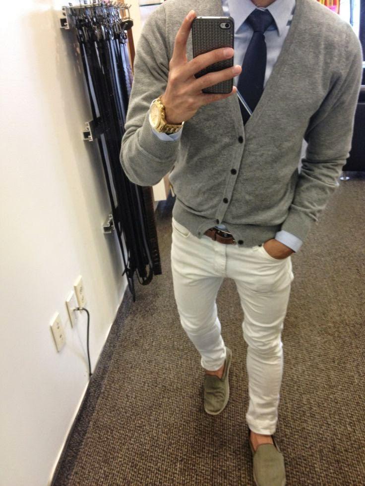 fa021663b E um Cardigan Masculino Estampado  Achei o look acima FODA! Com Sapato Azul  (Dicas para usar AQUI)