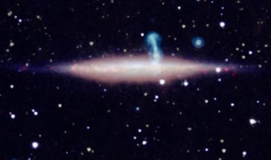Dua Galaksi yang Menipu Para Astronom