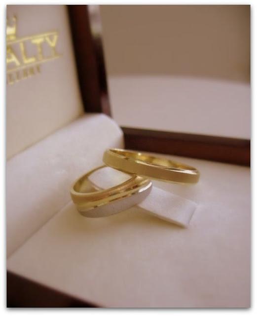 Свадебное фото: свадебные кольца