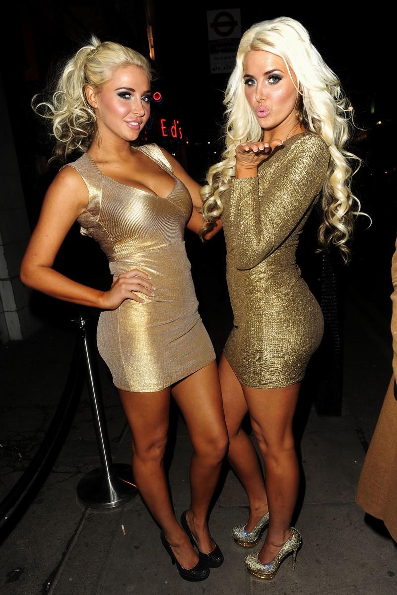 Karissa and Kristina Shannon sexy legs - Sexy Leg Cross