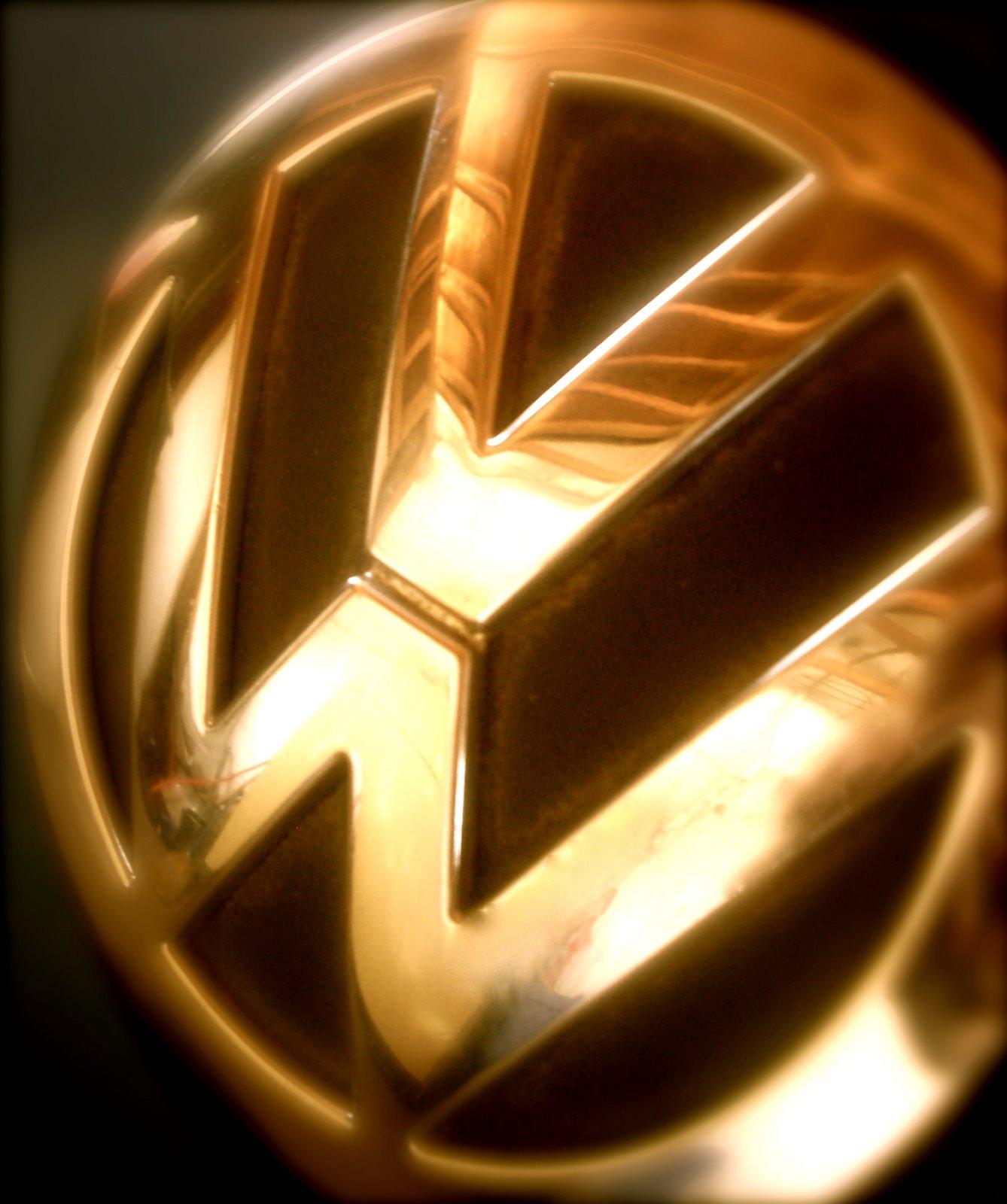 Yellow Color Wallpaper Vw Das Auto Volkswagen Logo Image Volkswagen