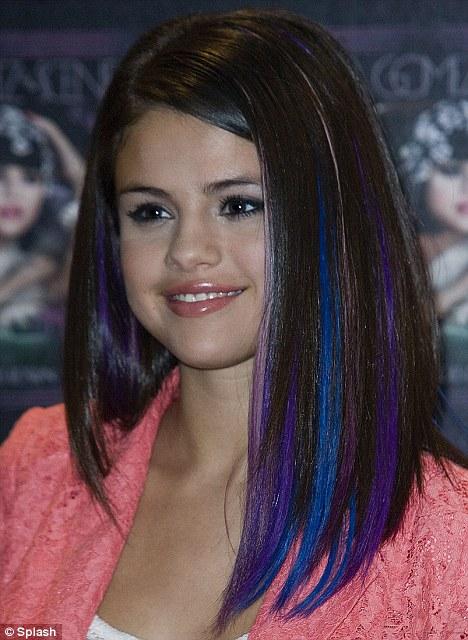 Celebrity Fashion World Selena Gomez Hair Color 2012
