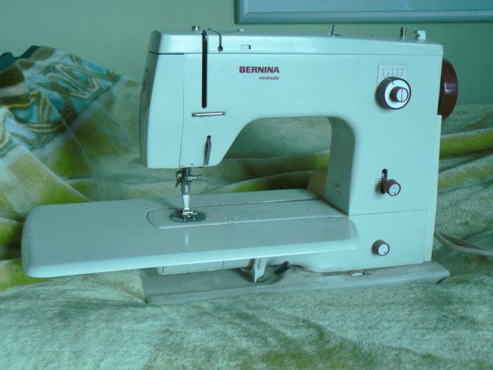 Bernina 40 Minimatic And Vintageesque Nails Tam's Snazzy Stuff Stunning Bernina 807 Sewing Machine