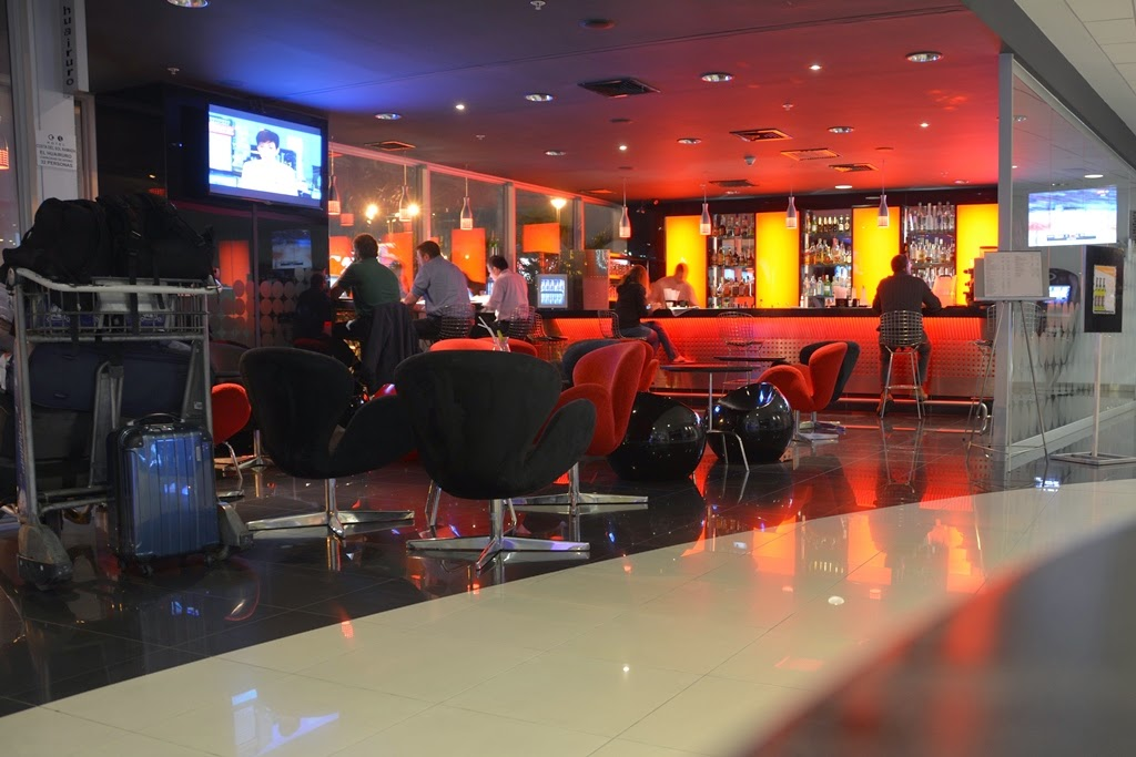 Hotel Costa del Sol, Lima Airport bar