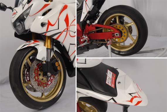 Modifikasi Honda CBR 250R_a.jpg
