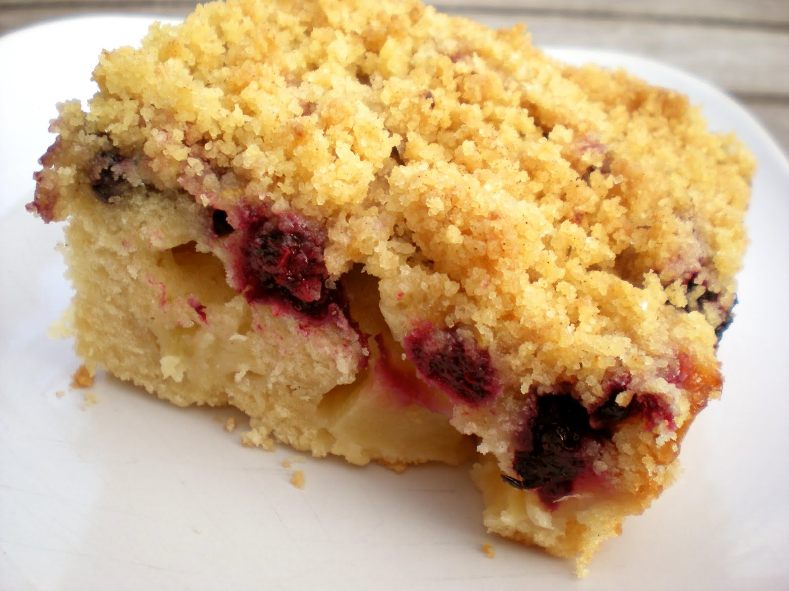 is it worth waiting for?: apple and blackberry crumble cake