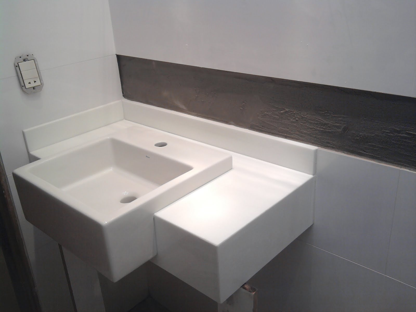 Postado por Laine Brandão às 11:40 Nenhum comentário: #726259 1600x1200 Bancada Banheiro Marmoglass