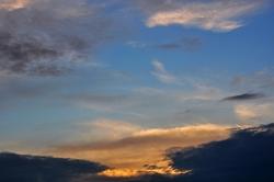Und allmählich schwindet die Sonne hinter dem Horizont...