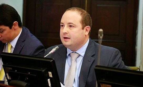 Fernando Araujo Senador
