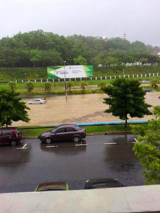 Gambar banjir kilat dibeberapa kawasan terutama Kota Kinabalu dan Penampang akibat hujan lebat