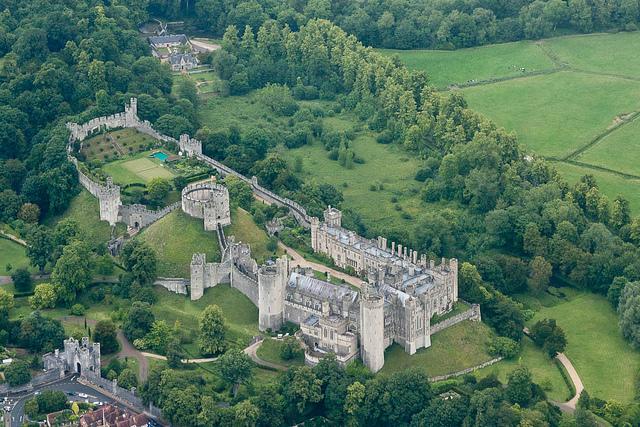 الأثرية إنجلترا 5.jpg
