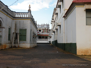 Street-View-Leading-to-Chettinad-Palace-Kanadukathan-Karaikudi