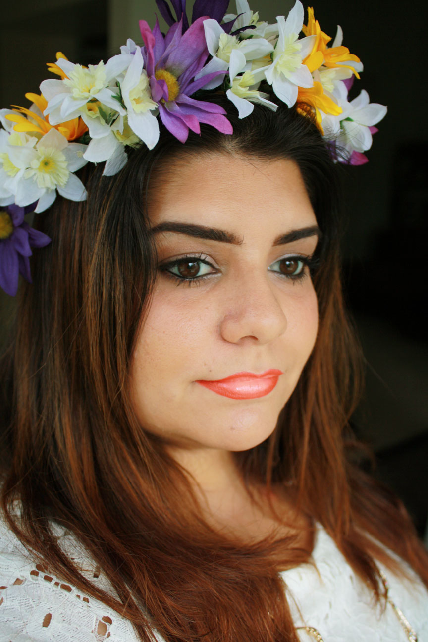 Diy flower crown diy flower crown tutorial created by sahily anais makeup fashion blogger izmirmasajfo