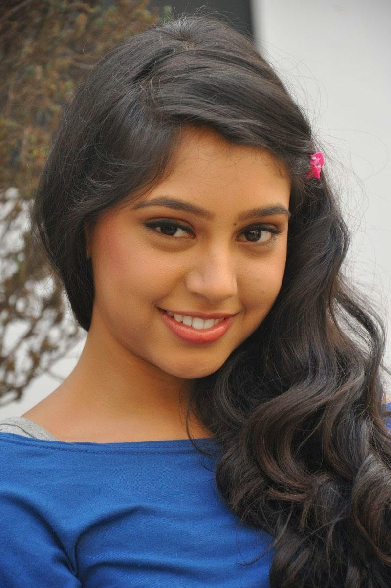 Niti taylor hot images