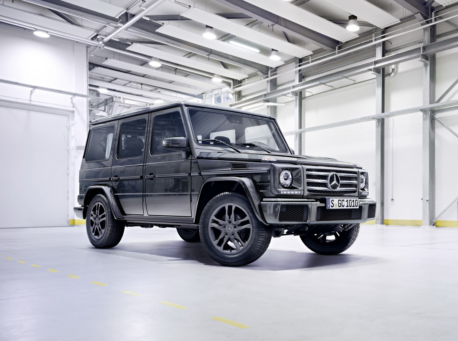 2016 mercedes benz g class gets new engines suspension for Mercedes benz g class engine