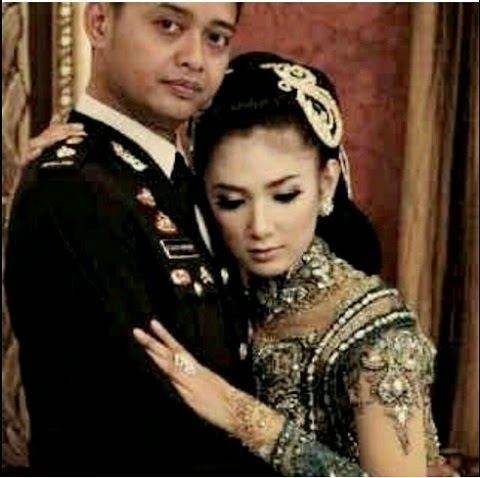 Briptu Eka Frestya Menikah and MEME LUCU Patah Hati