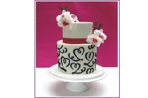 <b>Hochzeitstorte mit Orchideen</b>