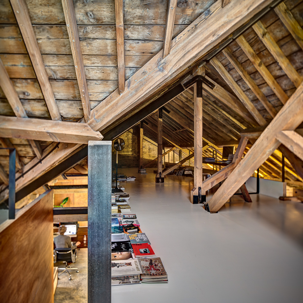 Attic: MAD Agency Attic Office By DOS Architects, Old Street