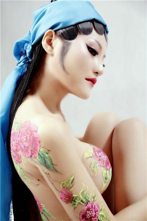 Ảnh gái đẹp sexy với body painting Phần 2 22