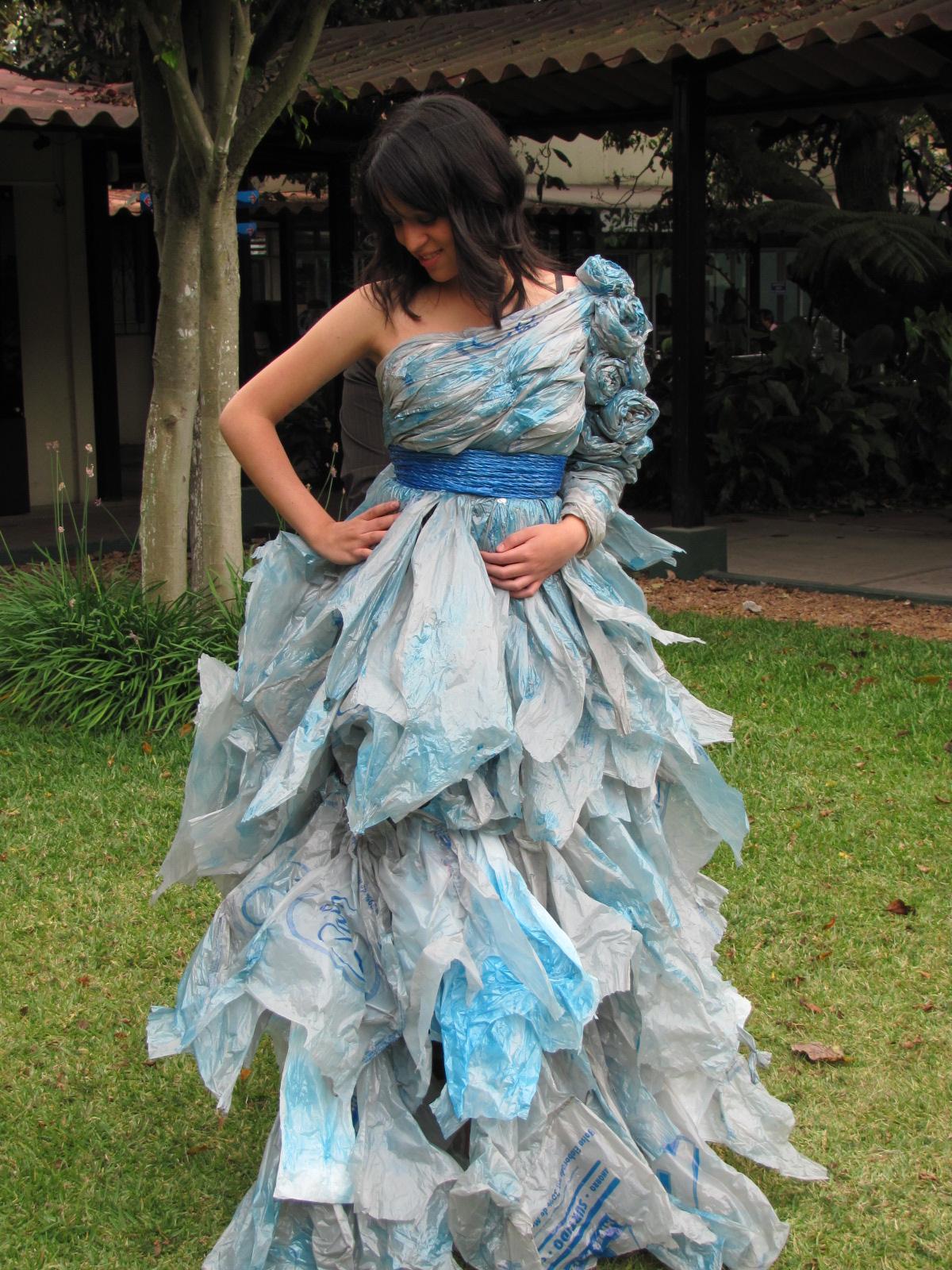 Vestidos De Reciclaje De Bolsa | newhairstylesformen2014.com