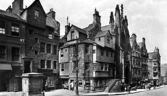 Tour scotland photographs old photographs john knox house for Classic house edinburgh