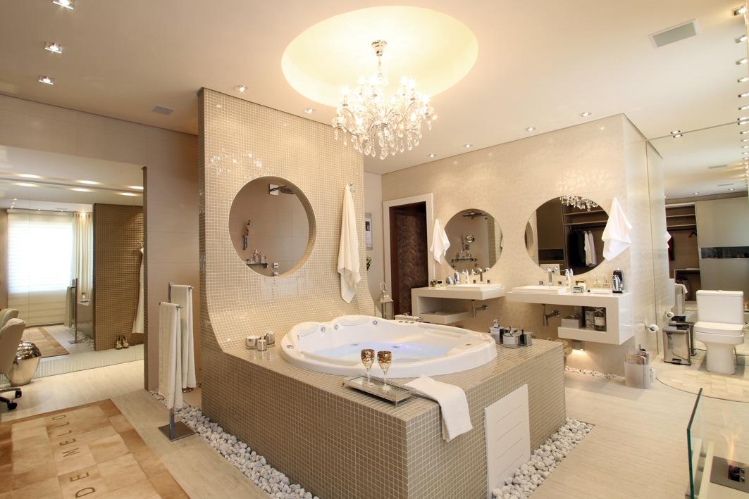 Quarto Pequeno Com Banheiro Dentro ~ Est?o vendo que tem um chuveiro atras daquela parede,atras do