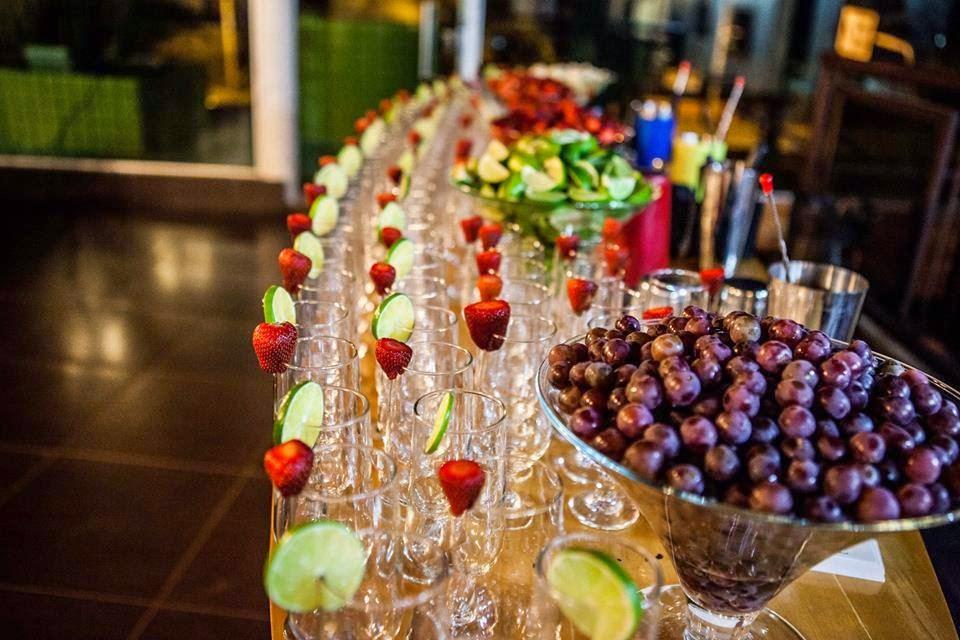 Mesa de drinks