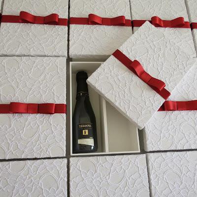 Caixa Mini Espumante e Doces
