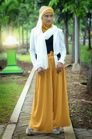 gaya busana muslim modern