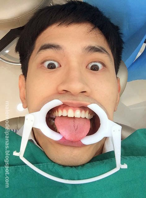 aun warit clean his tooth in dentist