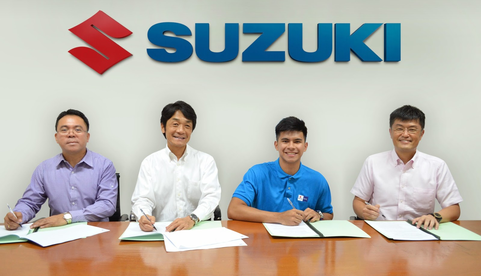 Kiefer Ravena Contract Signing