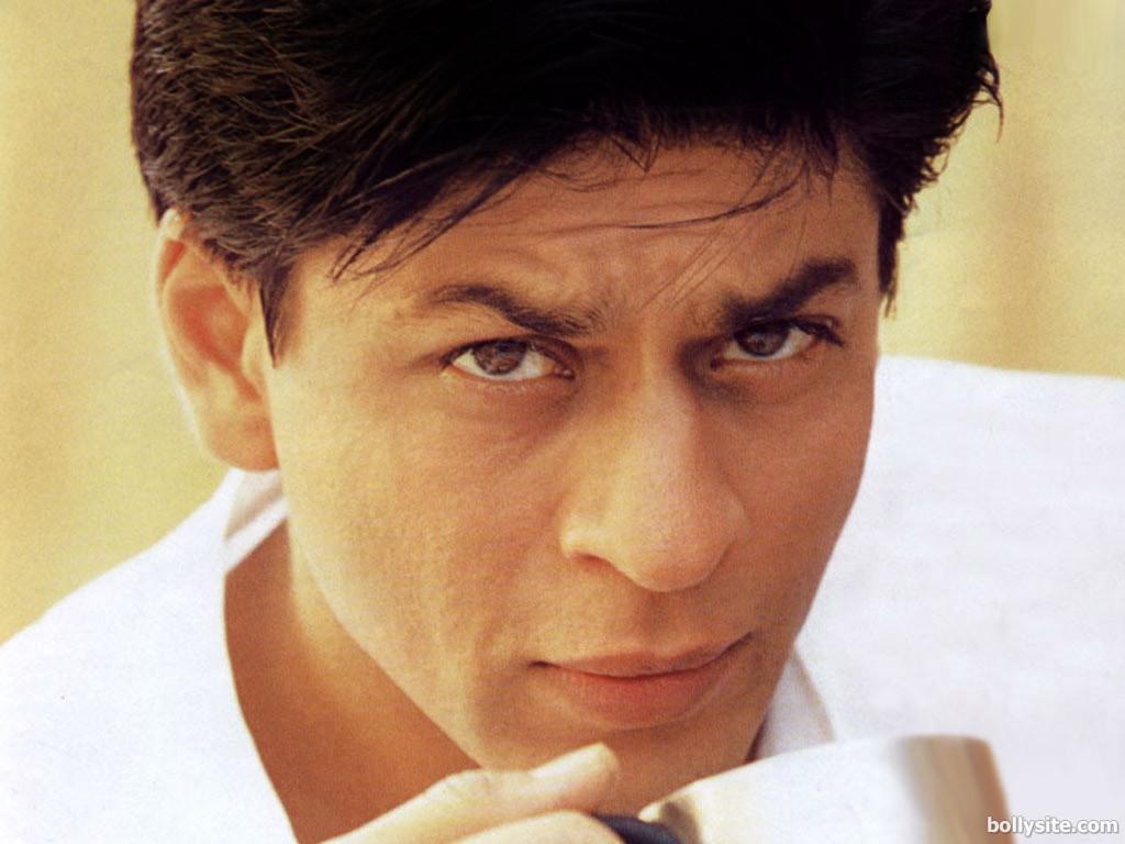 http://3.bp.blogspot.com/-Xr2WJ58V25o/TlBZ_PnEBII/AAAAAAAAAHg/u9kZDQlVcD8/s1600/stylish-shahrukh-khan-.jpg