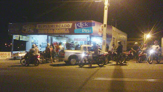 Bandidos assaltam supermercado de 'Beto das Sacolas' em Picuí