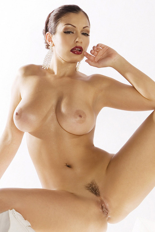 Top 69 Hot Sexy Women Nude Pics - ALL SOUTH ACTREES