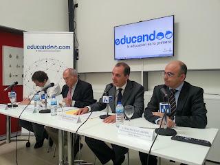 educandoo - mesa ponencia El papel de la tecnología en la educación familiar