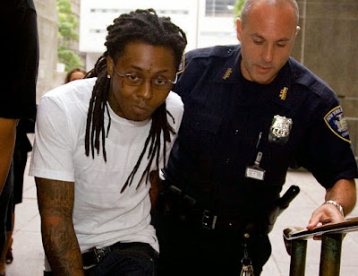 fotos de lil wayne con la policia carcel