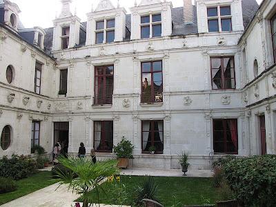 Châtellerault Hôtel des Sybilles