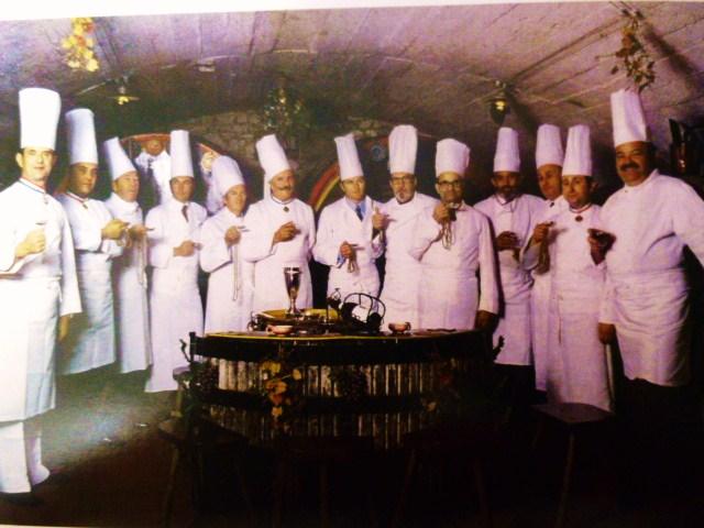 Club gastronomique prosper montagn par alain kritchmar for Cuisinier raymond oliver