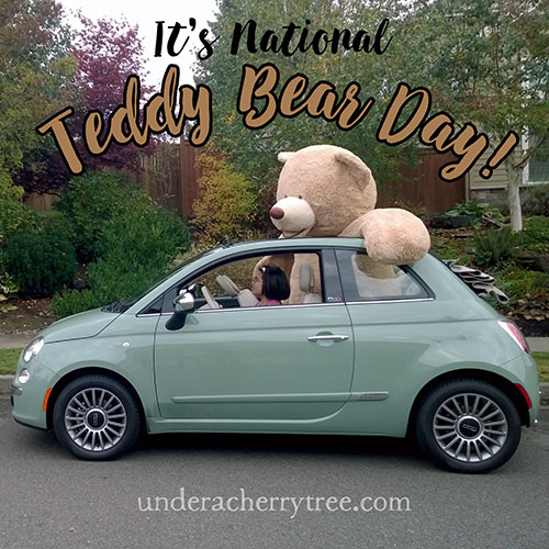 http://underacherrytree.blogspot.com/2014/10/our-really-big-93-inch-teddy-bear.html