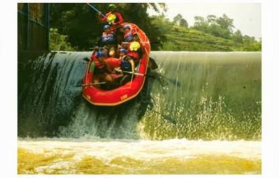 Serunya Memacu Adrenalin Dan Mengarungi Sungai Cisadane