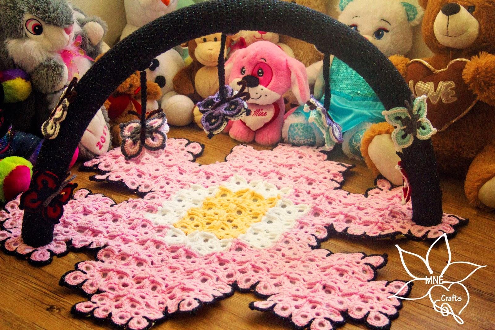 MNE Crafts: Butterfly Garden Baby Play Mat