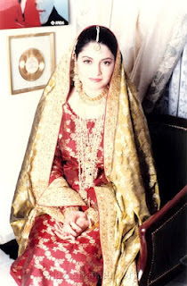 Nazia Hassan Marriage http://pakistanishowbiznight.blogspot.com/2012/02/late-pakistani-singer-nazia-hassan.html