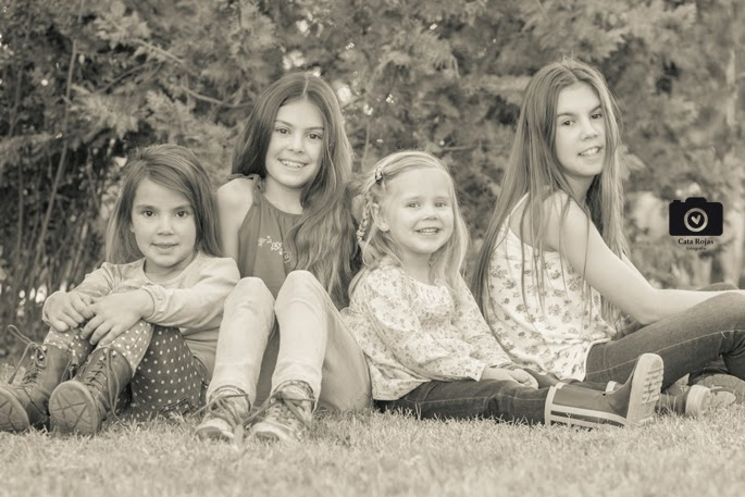 hermanas en sesión de fotografía familiar