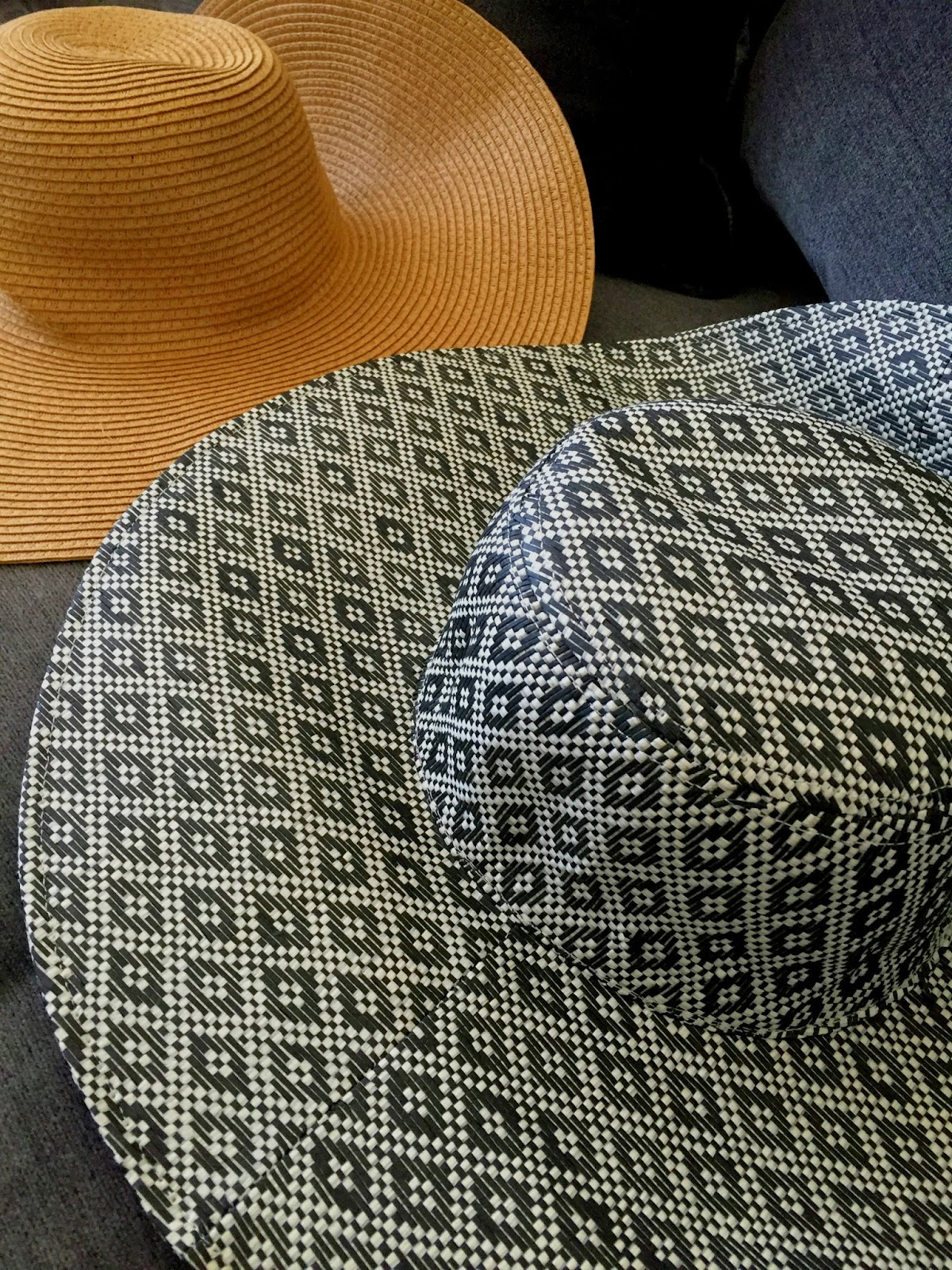 Old Navy Floopy Straw Sun Hats
