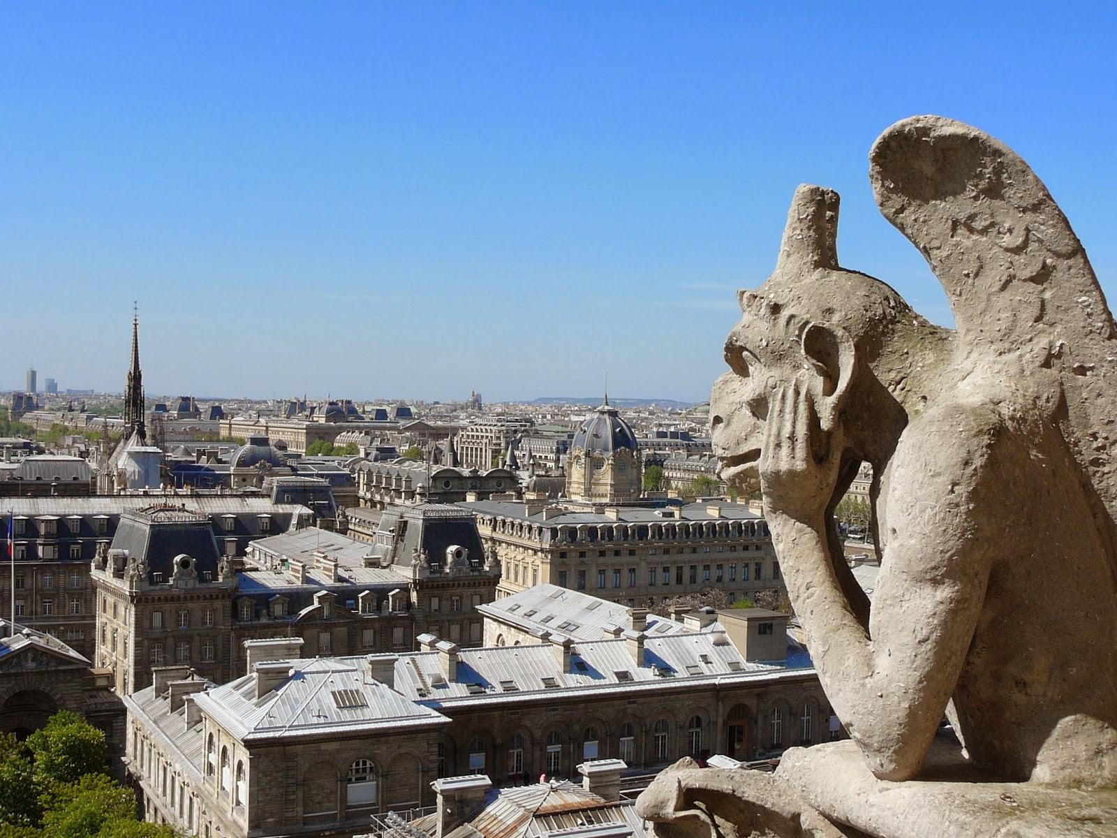 Vue sur Paris depuis les tours de Notre-Dame