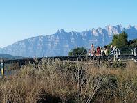 Montserrat des del pont de l'autopista