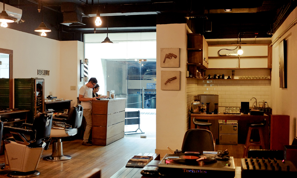 barbers corner single men A recent study in jama dermatology explained that barbers may help identify pseudofolliculitis barbae and acne keloidalis nuchae in men.